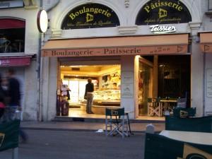 Ein wunderbares Café in der Innenstadt von Montpellier.