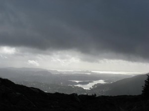 Blick auf Bergen